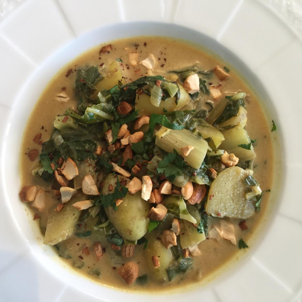 Curry mit Krautstiel/Mangold und neuen Kartoffeln