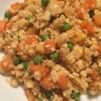 Asiatischer Blumenkohl-Gemüse-Reis