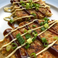 Okonomiyaki - Japanische Pizza